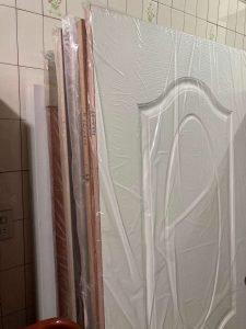 木質房間門